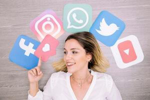 communiquer reseaux sociaux freelance